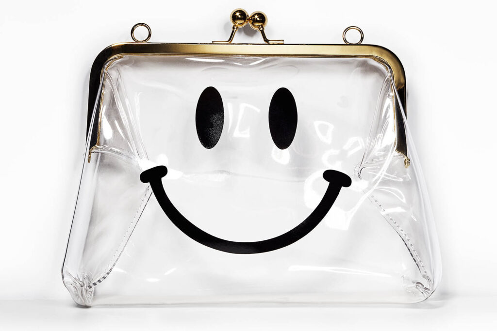 CLEAR EMPTY COIN PURSE WITH SMILEY FACE